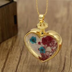 گردنبند شیشه ای گل خشک طرح قلب مدل N224
