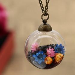 گردنبند حبابی با گل های خشک رنگی و پولک ستاره مشکی مدل N268