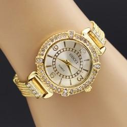 ساعت مچی دخترانه جنس استیل و رنگ طلایی و صفحه سفید مدل F171