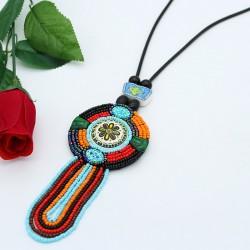 گردنبند رومانتویی دست ساز دایره ای شکل با آویزهای رنگارنگ مدل N326