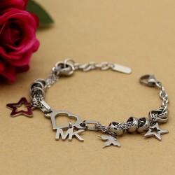 دستبند زنانه زنجیری با آویز پروانه و قلب و ستاره جنس استیل مدل B162