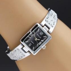 ساعت مچی زنانه استیل با صفحه مستطیل شکل و رنگ مشکی مدل F158