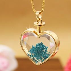 گردنبند شیشه ای گل خشک شکل قلب و رنگ آبی مدل N283