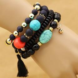 دستبند زنانه چند تایی با سنگ های مشکی و فیروزه ای رنگ مدل B223