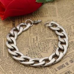 دستبند زنانه زنجیری استیل با رنگ نقره ای مدل B245