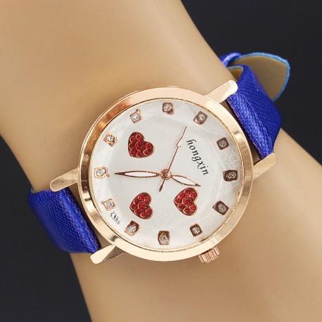 ساعت مچی دخترانه با بند چرمی آبی و صفحه دایره ای سفید رنگ طرح قلب مدل F192