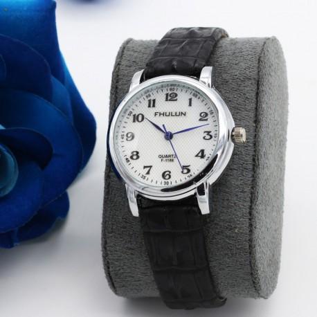 ساعت مچی دخترانه با بند چرمی مشکی و صفحه دایره ای سفید رنگ مدل F194