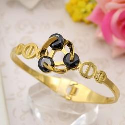 دستبند النگویی زنانه شیک جنس استیل با رنگ طلایی مدل B287