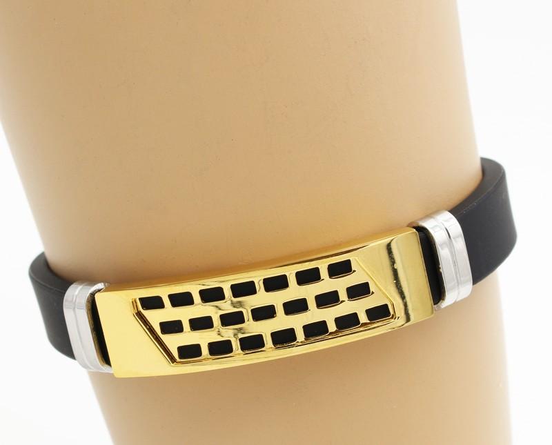 دستبند مردانه با بند لاستیکی و بدنه استیل طلایی مدل B301