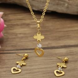 نیم ست زنانه طرح قلب طلایی با جنس استیل مدل T263