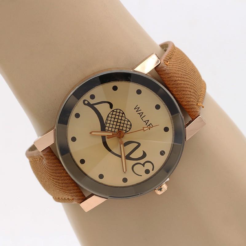 ساعت مچی زنانه با بند کتان قهوه ای با طرح Love مدل F311